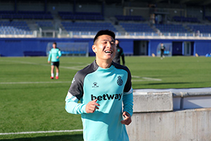 武磊最新身价下跌至600万欧元 仍是中国球员第一人