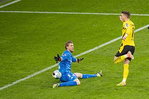 德甲第16輪多特蒙德1-1美因茨 羅伊斯罰丟反超比分點球